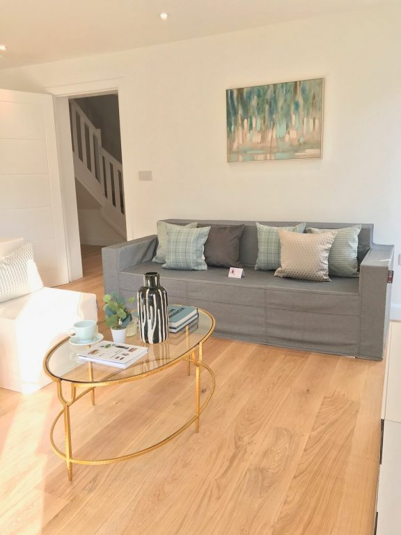 Case-study - Cardboard Home Staging Pictures | Home ...